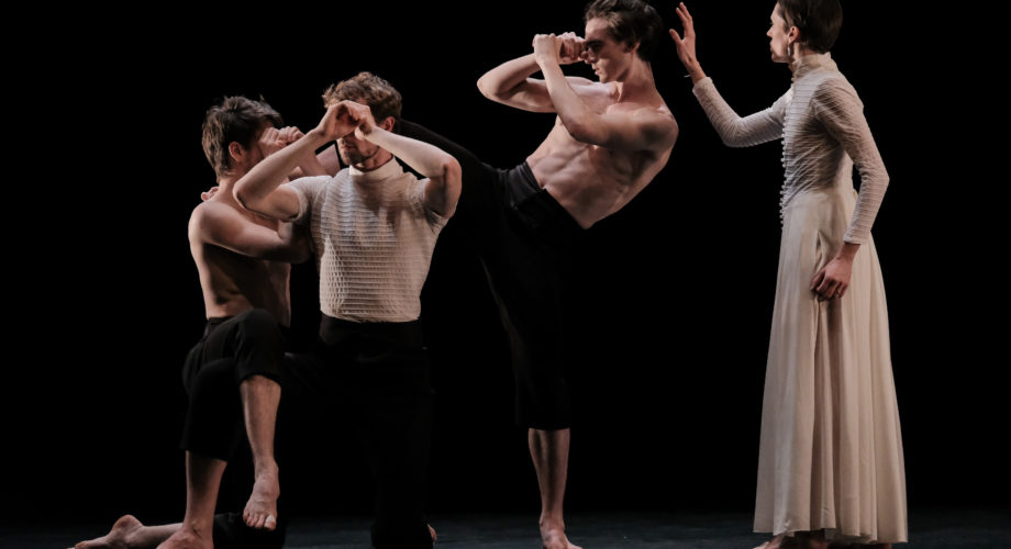 The Heart of my Heart, Gil Harush – Ballet de l'OnR © Agathe Poupeney